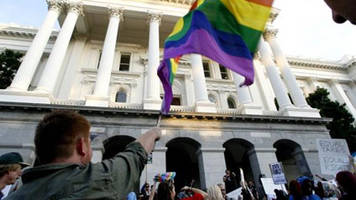 Judge: Indiana lacks valid gay marriage ban reason