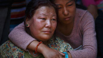 Anger grows as Mount Everest victims cremated